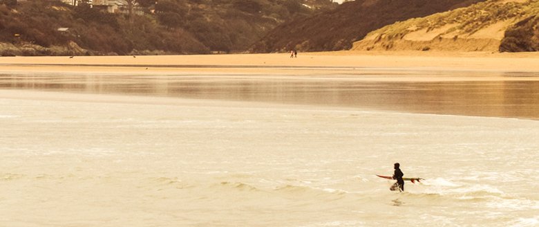 Surf-at-Crantock-image